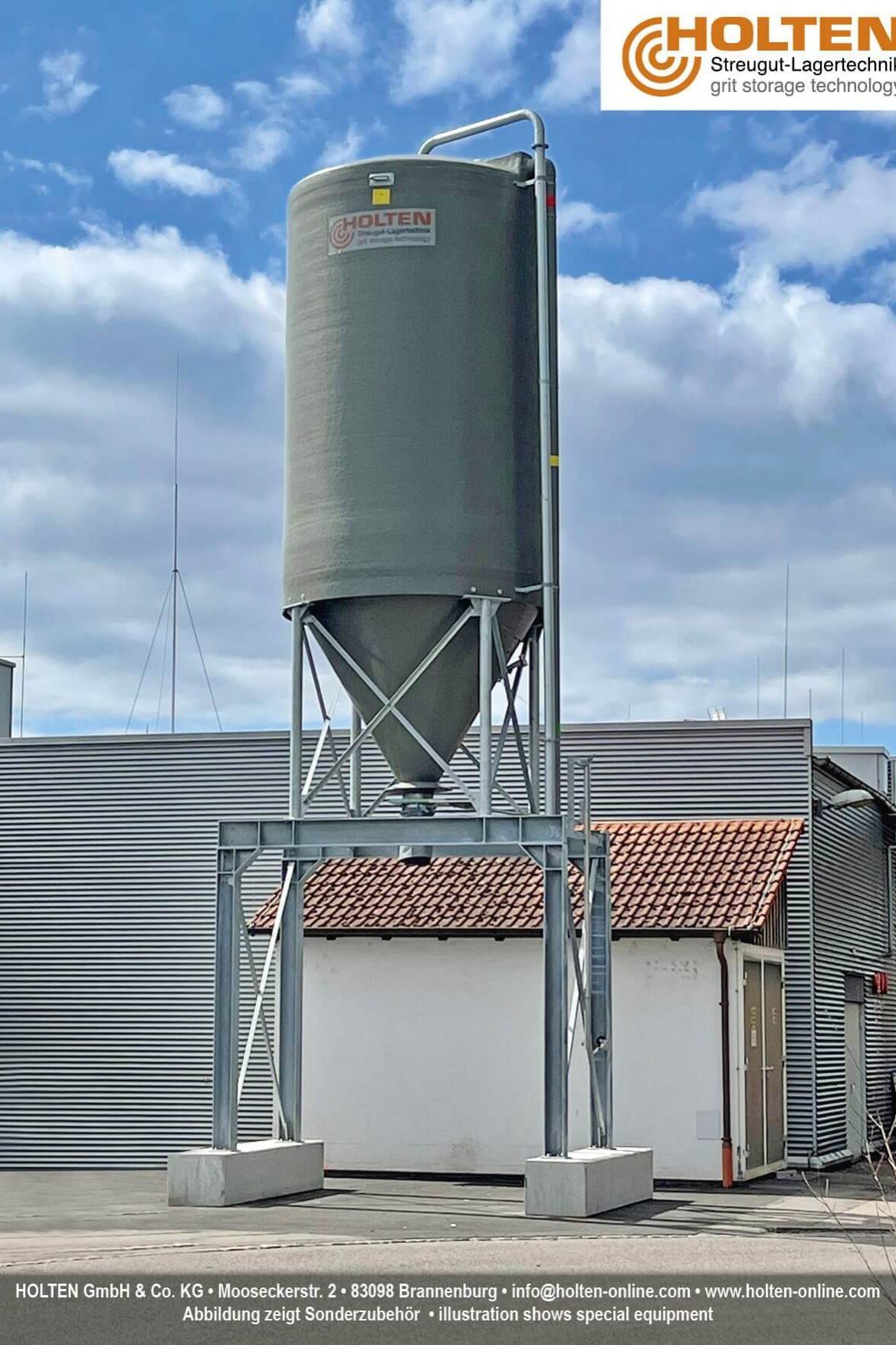 Mobile Silos 20 + 25 + 30m³ aus GFK/Stahl
