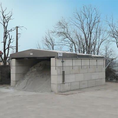 Betonblöcke mit verschiebbarem Dach und Inhalt