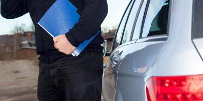 Außendienst Termin eines Mitarbeiters mit dem Auto