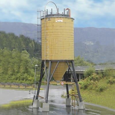 Streugutlagersilo in kombinierter Holz-Stahl Bauweise